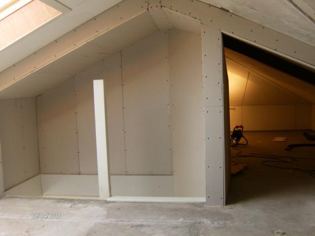 Bouw 2000 interne verbouwing zolder plaatsen vaste trap for Vaste zoldertrap laten plaatsen