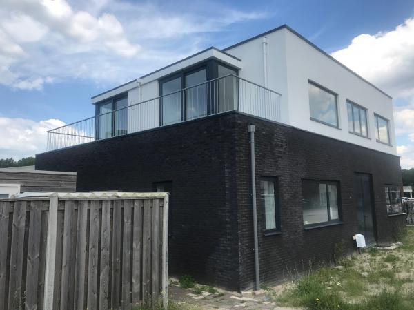 Nieuwbouw vrijstaande woning ,Toenzalstraat 1, Almere